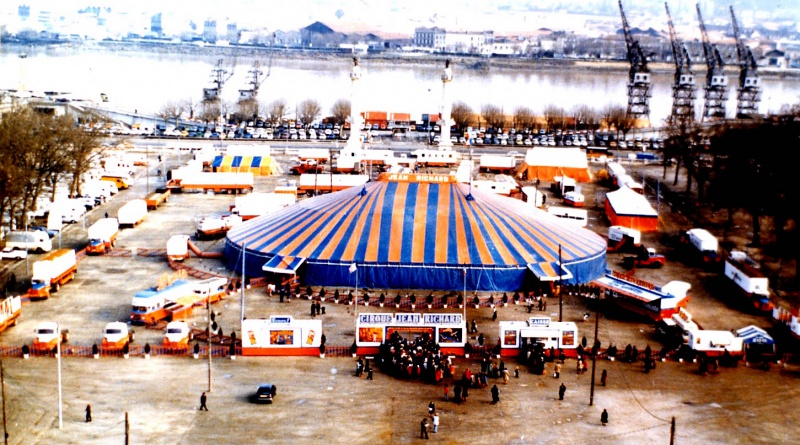 File:Cirque jean richard in bordeaux 1976.jpg