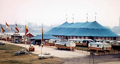 Spanischer National Circus in Dusseldorf 1966.JPG