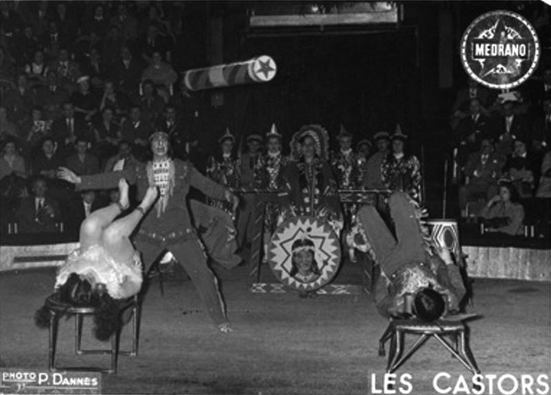 File:Les Castors at Cirque Medrano.jpeg