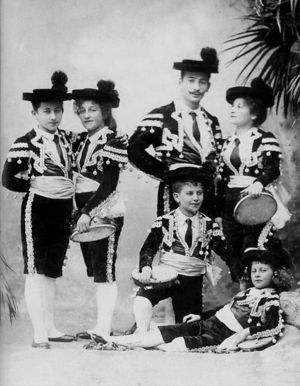 The Lorch Family (c1890).jpeg
